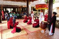 Tour Hà Nội - Đền Mẫu Âu Cơ - Đền Hùng - Hát Xoan 1 Ngày
