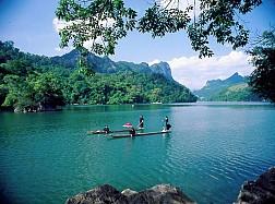 Tour Hà Nội - Hồ Ba Bể - Thác Bản Giốc - Động Ngườm Ngao - Hang Pác Pó 2017