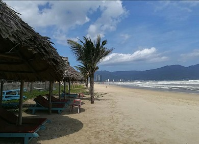 Bãi biển Mỹ Khê - Đà Nẵng: 1 trong 6 bãi biển đẹp nhất hành tinh