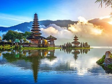 Bali có gì đẹp ? Du lịch Bali vào mùa nào hợp lí nhất? Nên đi chơi ở những đâu? Giá cả như thế nào?