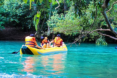 Động Phong Nha - Sông Chày Hang Tối