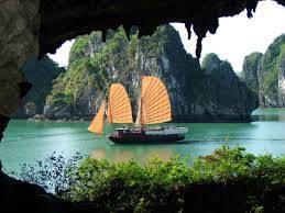 du lịch Hạ Long vẻ đẹp thiên tạo