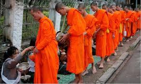 Du Lịch Lào Đường Bộ:Hà Nội Nghệ An Xieng khoang Luangphrabang 6 Ngày 5 Đêm