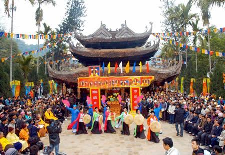 Tour Du Lịch Chùa Hương 3 Ngày 2 Đêm: Khởi Hành Từ TP Hồ Chí Minh