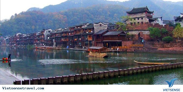 Tour Du Lịch Trương Gia Giới - Phù Dung Trấn - Phượng Hoàng Cổ Trấn - Hồ Bảo Phong (Đường Bay) - Ảnh 3
