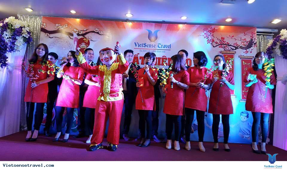 VietSense Travel tưng bừng tất niên 2015